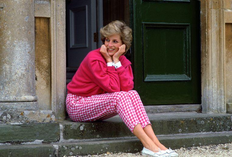 Voor dit bizarre bedrag wordt de kinderfiets van prinses Diana verkocht Beeld Tim Graham Photo Library via Get