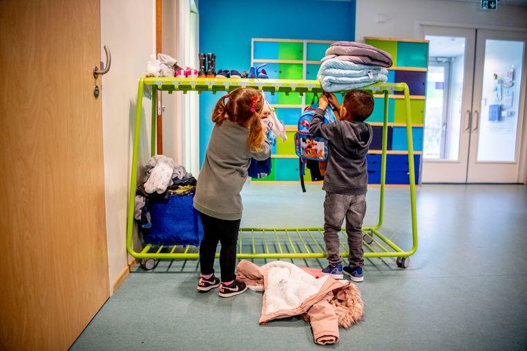 Een groot aantal partijen wil de kinderopvang (deels) gratis maken. Beeld Hollandse Hoogte / Robin Utrecht
