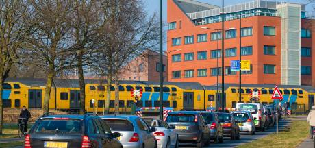Megaklus in aantocht: spoortunnel in Apeldoorn komt er, mét fietsbrug