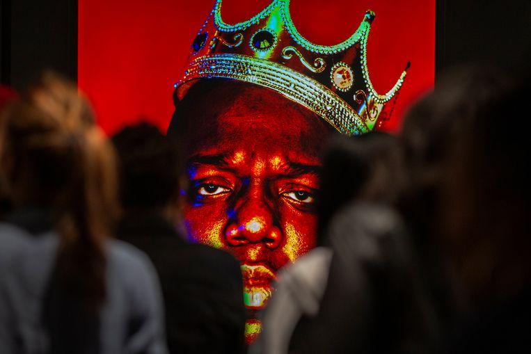 The Notorious B.I.G. met het geveilde kroontje.