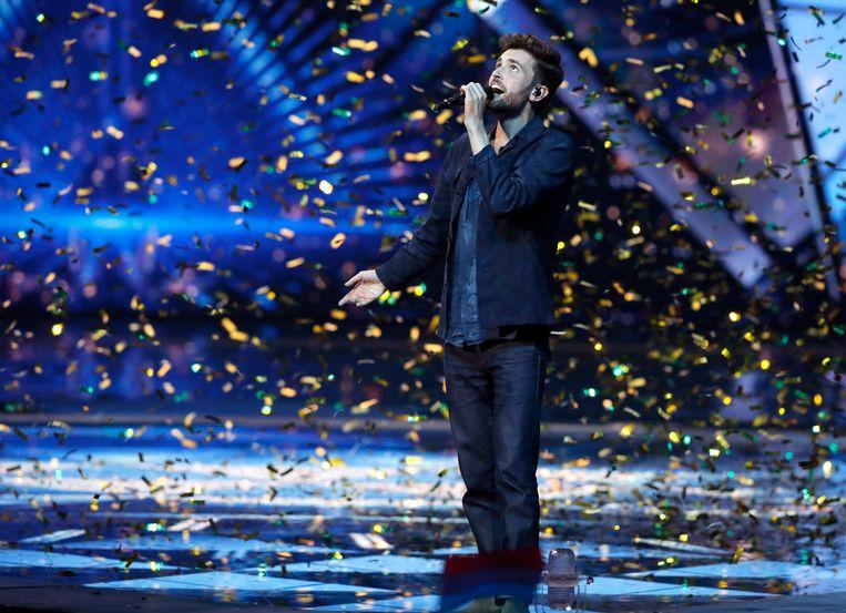 Duncan Laurence won het Eurovisiesongfestival vorig jaar voor Nederland. Dit jaar moeten fans en artiesten het stellen met enkele online initiatieven. Beeld AP
