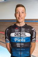 Jordi van Loon als wielrenner van Destil-Piels.