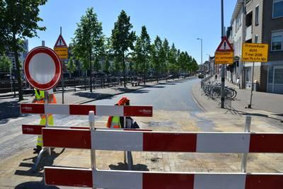 Nieuwe asfaltlaag voor Prinsenkade Breda, weg hele dag afgesloten