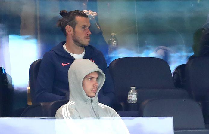 Gareth Bale en Juan Foyth.