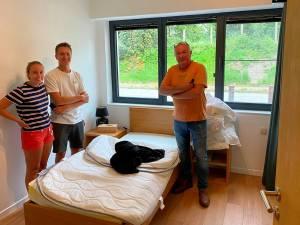 """Agenten halen voortvluchtige uit Gasthof Kapelhof: """"Toen ze hem afvoerden zei hij nog 'Merci et au revoir'"""""""