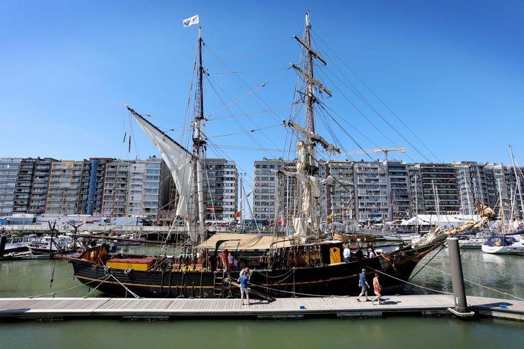 Het zeilschip Tres Hombres in de Blankenbergse jachthaven.