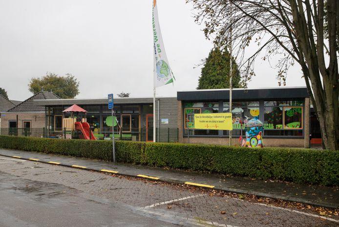 Basisschool De Wereldwijzer in Budel-Schoot gaat waarschijnlijk op korte termijn samen met basisschool Sint Andreas in Budel-Dorplein.