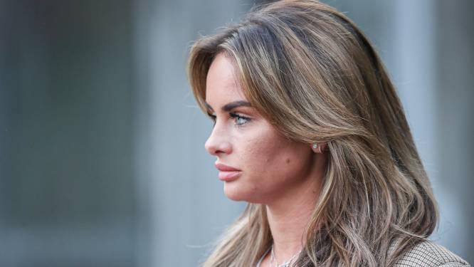 Sarah draagt ketting van André niet meer en Loiza gekiekt in pikante lingerie