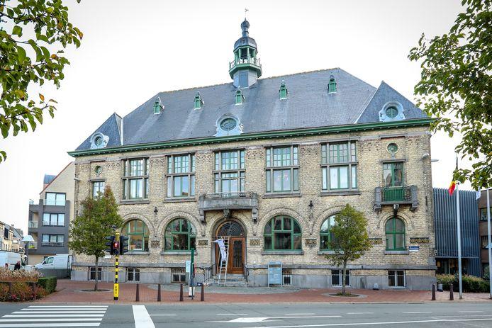 Het oud gemeentehuis van Middelkerke.