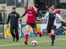 Maud Petersen leidt voetbalsters VDZ naar bekerfinale