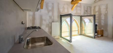 Studie naar toekomst 49 Kamper kerken, nu afstoten vaker voorkomt