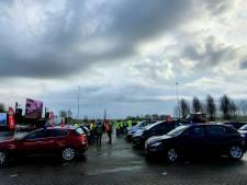 Vrachtwagenchauffeurs staken voor betere cao, manifestatie in Zevenbergschen Hoek