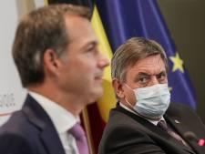 """Jan Jambon: """"Très content que nous puissions relâcher le port du masque"""""""