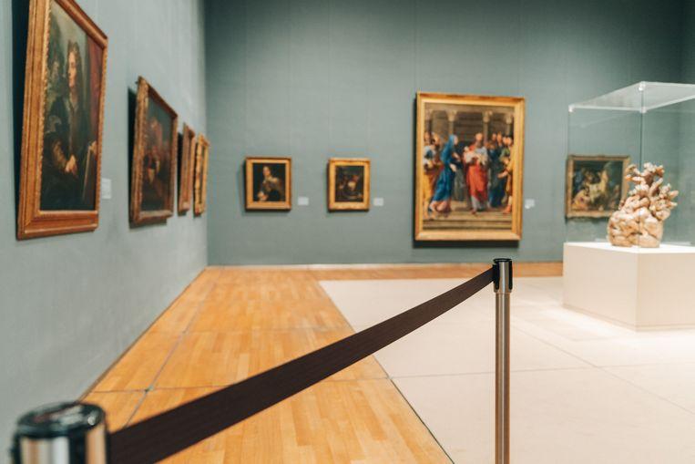 De musea hebben te weinig bewakingspersoneel om alle zalen tegelijk te openen. Beeld Illias Teirlinck