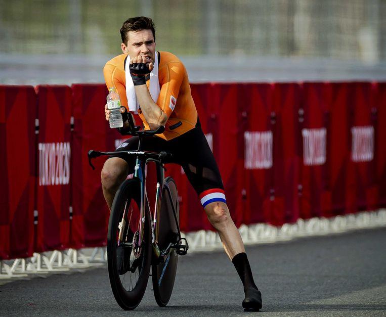 Tom Dumoulin bij zijn individuele tijdrit op de weg op de Olympische Spelen van Tokio. 'Een medaille was het doel.' Beeld ANP
