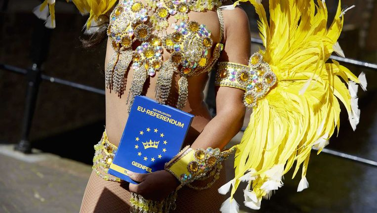 Een Braziliaanse danseres, ingehuurd door GeenPeil. Beeld anp