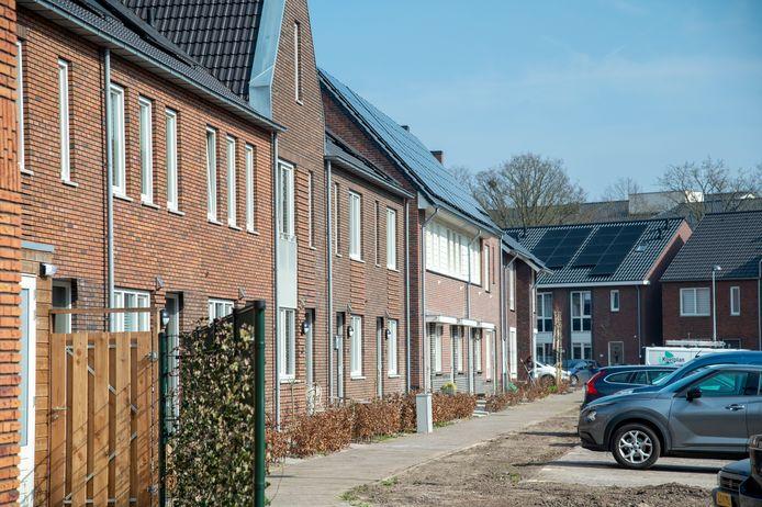 De bewoners in de Puttense wijk Rimpeler wonen inmiddels een jaar gasloos en zijn alle huizen voorzien van zonnepanelen, een warmtepomp en duurzame luchtcirculatiesystemen.