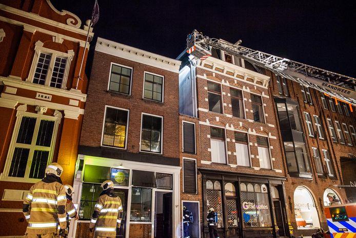 Bij de brand in de Voorstraat raakte niemand gewond.