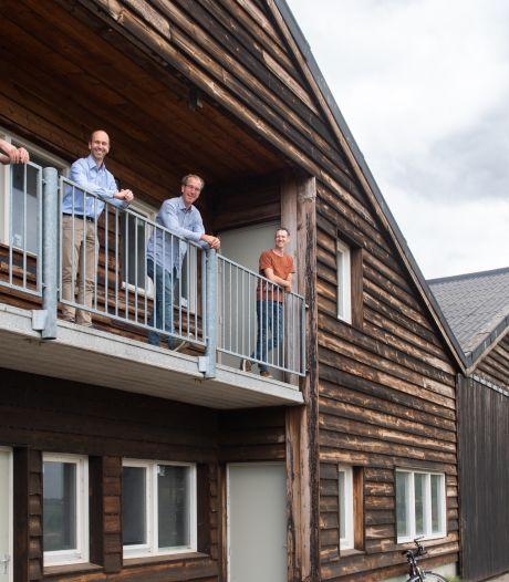 Opgewekt Drimmelen van start: honderden zonnepanelen op het dak