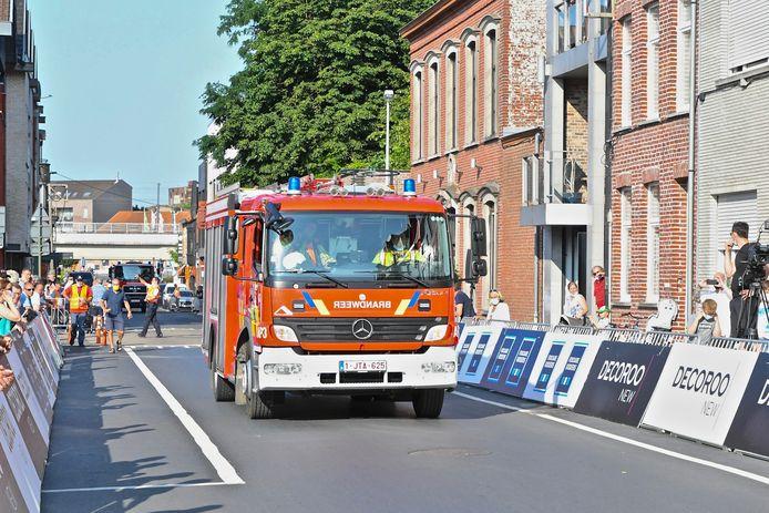 Net voor de start moest de brandweer voor een interventie even gebruik maken van het parcours.