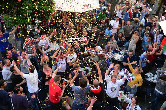 Kroont OHL zich zondag tot kampioen van de Proximus League? Dit beeld van feestende supporters zullen we al zeker niet te zien krijgen want de titel vieren zoals anders is onmogelijk door de corona-epidemie.