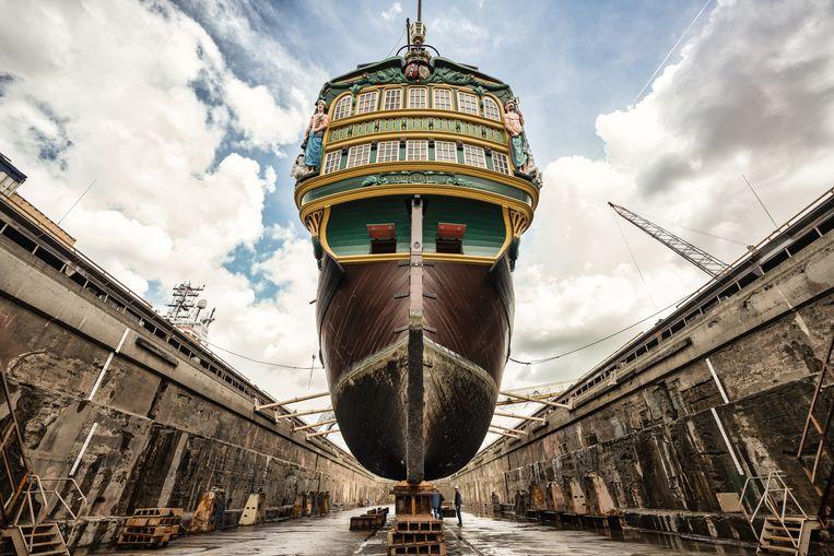 Het VOC-schip in het droogdok. Beeld Damen Shipyards Group