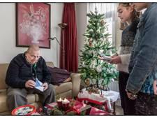 Duizenden eenzame ouderen krijgen lief kerstkaartje van wildvreemde
