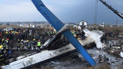 22 overlevenden na crash in Nepal