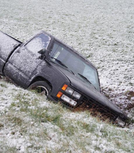 Nieuwsoverzicht | Ongelukken door sneeuwval - Terrassen wellicht binnenkort weer open