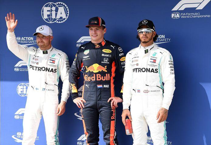 V.l.n.r.: Valtteri Bottas, Max Verstappen en Lewis Hamilton.