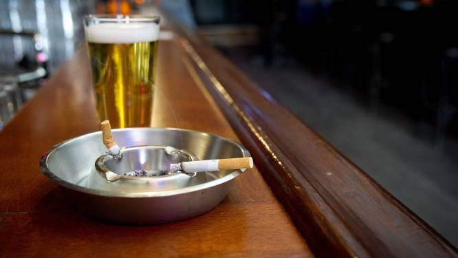 Café overtreedt rookverbod en riskeert sluiting
