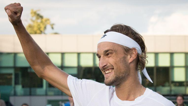 Een zichtbaar gelukkige Ruben Bemelmans kwalificeerde zich voor de tweede ronde op Wimbledon Beeld belga