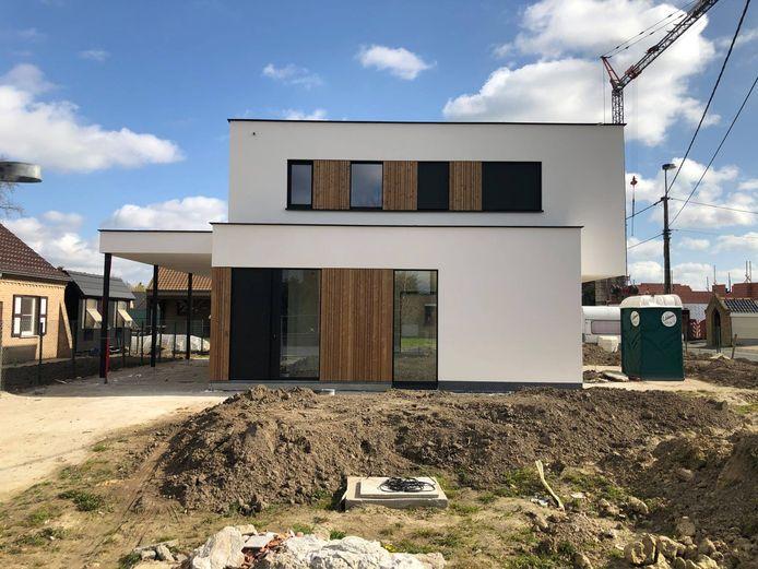 De meeste landgenoten moeten lenen om een huis te bouwen of te kopen.