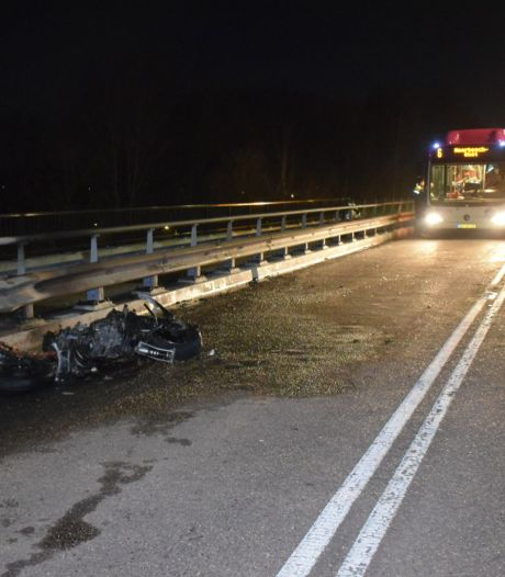 Motorrijder komt ten val en slaat daarna op de vlucht in Nijmegen
