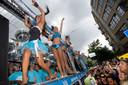 """Tijdens de Dance Parade toverden honderden dj's, dansers en mc's de Rotterdamse straten om tot een groot festivalterrein. Moerman denkt niet dat het populaire festijn ooit terugkeert. ,,Dat kan niet meer."""""""