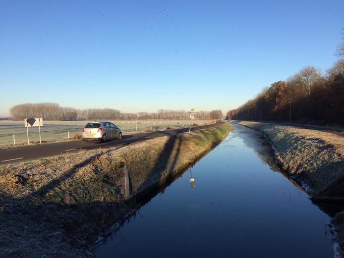 Parallelweg in Hedel.