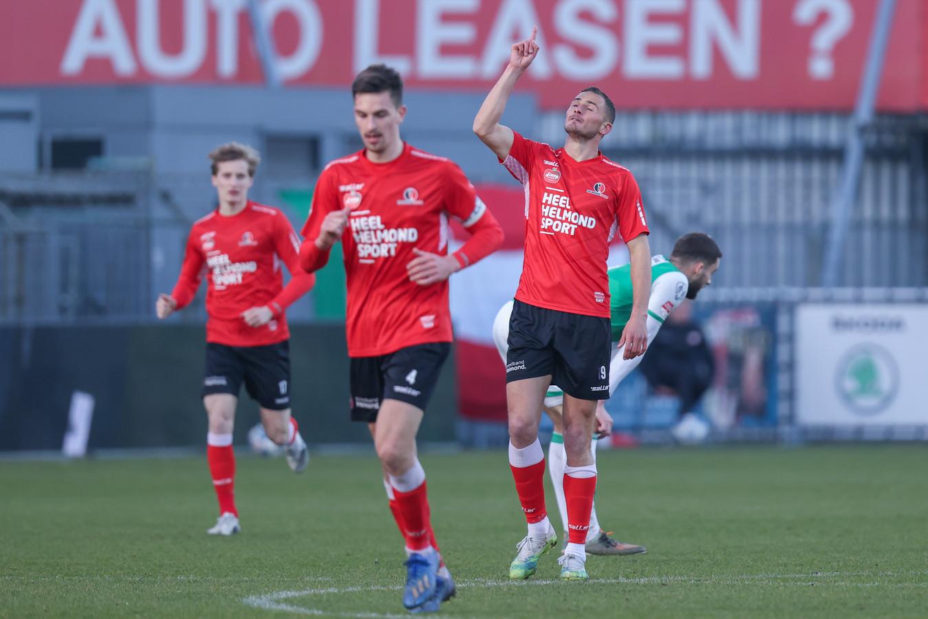 Jordy Thomassen zat diep nadat hij in oktober zijn basisplaats verloor, maar toonde zich tegen FC Dordrecht gretig met een doelpunt.