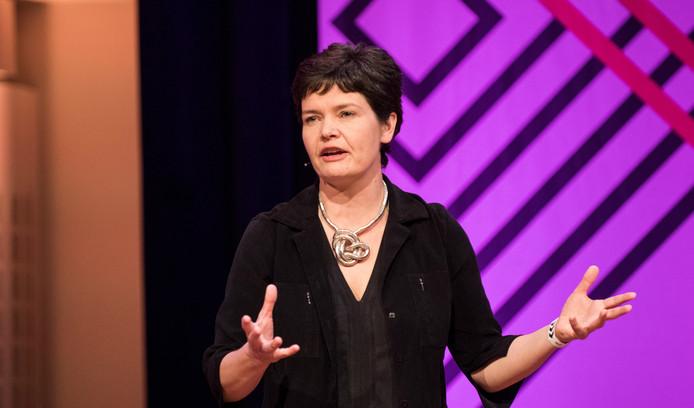 Kate Raworth bedacht het beeld van de 'Donut Economie'.