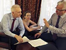 """Un avocat d'Assange promet une """"grosse surprise"""""""