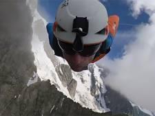 La vidéo époustouflante d'un vol en wingsuit depuis les Grandes Jorasses