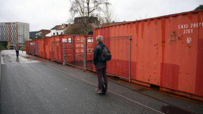 Het mysterie van de rode containers is opgelost...