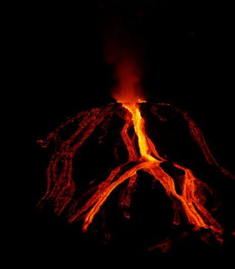 """Le volcan de La Palma toujours en éruption: """"Difficile d'estimer quand ça va se terminer"""""""