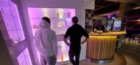 Personeel coffeeshop Xpresso doet aangifte van verduistering en fraude tegen het bestuur