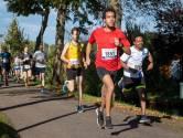 Alvin Severijn vlak voor finish Dijkloop in Schoonhoven onwel; zege voor Niels van Buren