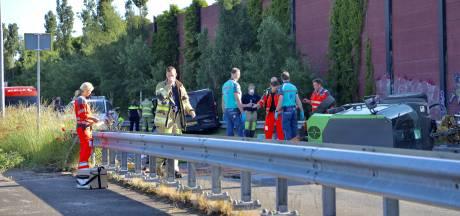 Ernstig ongeval in Amersfoort: bestuurder (56) van veegwagen overlijdt na aanrijding met bestelbusje