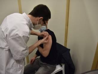 Vaccinatiecentrum opent de deuren voor zorgpersoneel