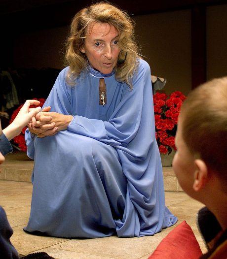 Documentaire bezoekt omstreden 'healer' Jomanda: 'Ze leeft zeer teruggetrokken bestaan'