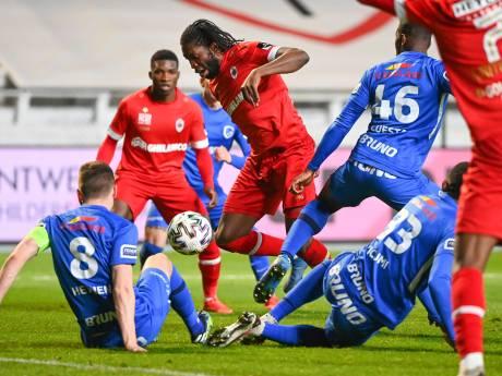 L'Antwerp renverse totalement Genk et arrache la victoire dans le temps additionnel