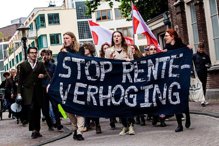 Studenten demonstreren in 2019 tegen de voorgenomen verhogingen van de rente op studieleningen. Beeld Hollandse Hoogte