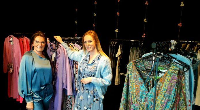 Yo Vannuffelen en haar dochter Jana Seyen openden recent pop-up boetiek La Vie en Yo in Noorderwijk